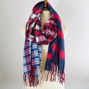 GAP Oversized ombré plaid scarf
